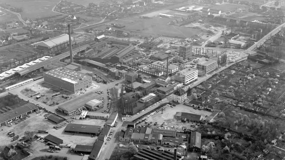 The Krefeld plant from north-west, 1967